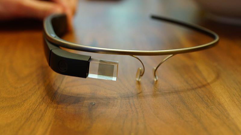 800px-Google_Glass_Explorer_Edition