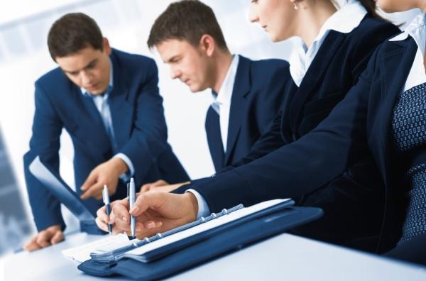 Business-Meeting_12LajosRepasi_i2