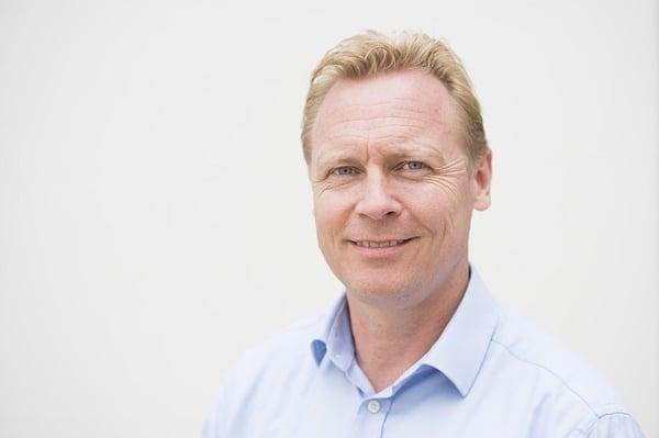 Lars Tewes Headshot